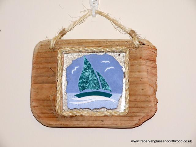 Boat_driftwood_%26_fused_glass_plaque_2.jpg