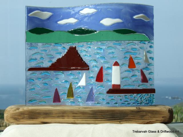 Fused_Glass_Picture_in_Driftwood_Base_25cm_x_20cm%2C_52.50.JPG