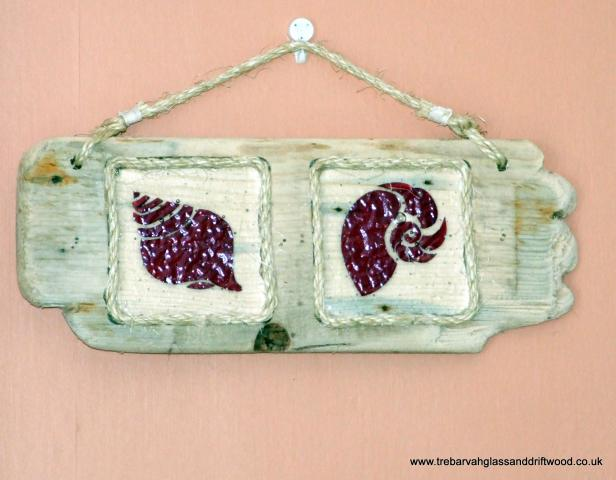 fused_glass_shells_in_driftwood_plaque_2.jpg
